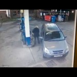 Video Confused Woman Has a Rough Day at the Gas Station